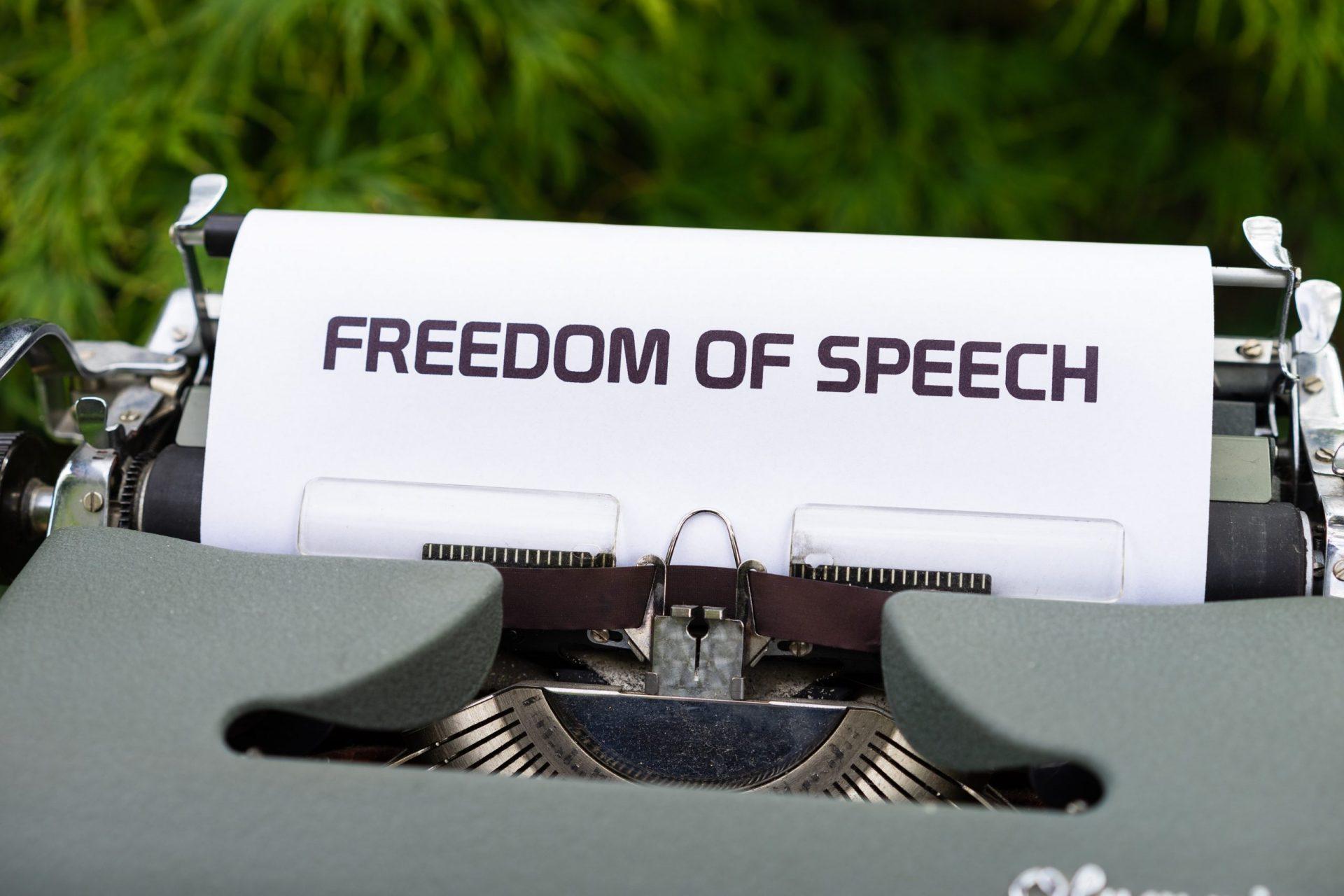 censura-e-social-nel-2021